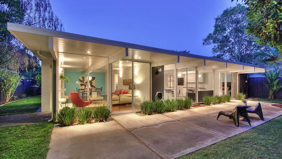 Who is Joseph Eichler, and Why are Millennials Buying his Homes by the Boatload?
